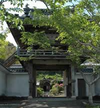 臨済宗妙心寺派佛日山大光禅寺の山門